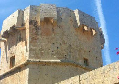 qrendi octagonal tower