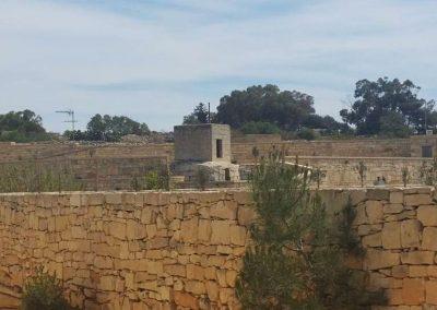 qrendi-dolmen-as a basement of a rural tower