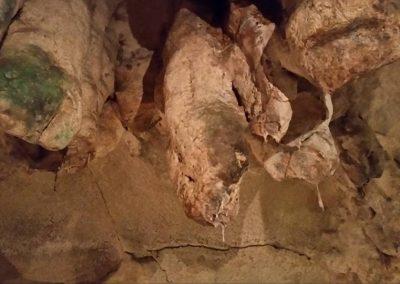 ghar-dalam-stalactite
