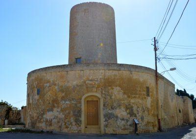 Tal-Qaret windmill